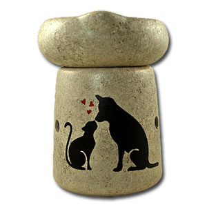 Handpainted Cat & Dog Simmerpot With Bulb.